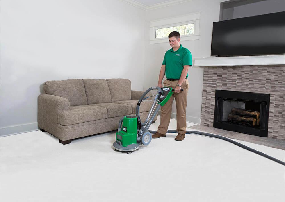 tech doing carpet cleaning irvine ca